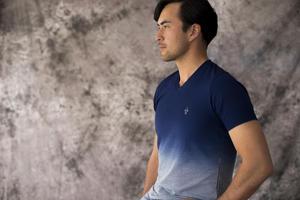 EPOCA UOMOの人気アイテム、||グラデーション染めTシャツ