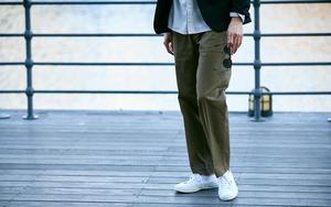 いつものジャケット姿が||「ベイカーパンツ」で男らしくなる!