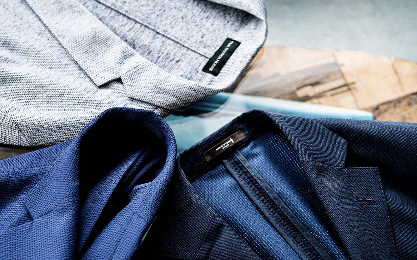 涼しい顔で軽く羽織れる、||真夏の「置きジャケット」3選
