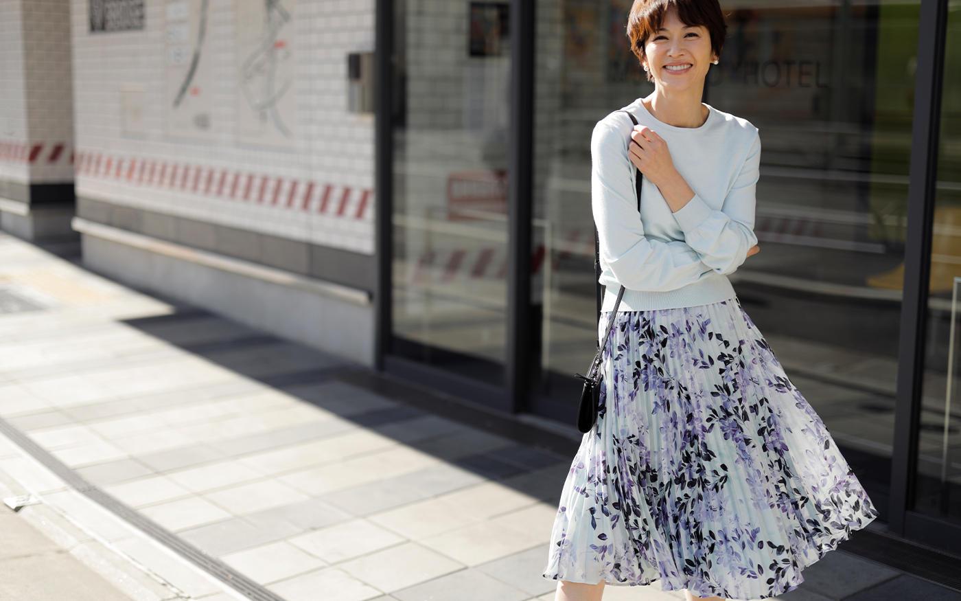 フェミニン派の春準備、  まず買うべきはプリントスカート